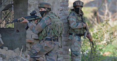 शोपियां में सुरक्षाबलों और आतंकियों की मुठभेड़, 1 आतंकी ढेर